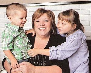 Madame Chasse-taches avec ses petits-enfants